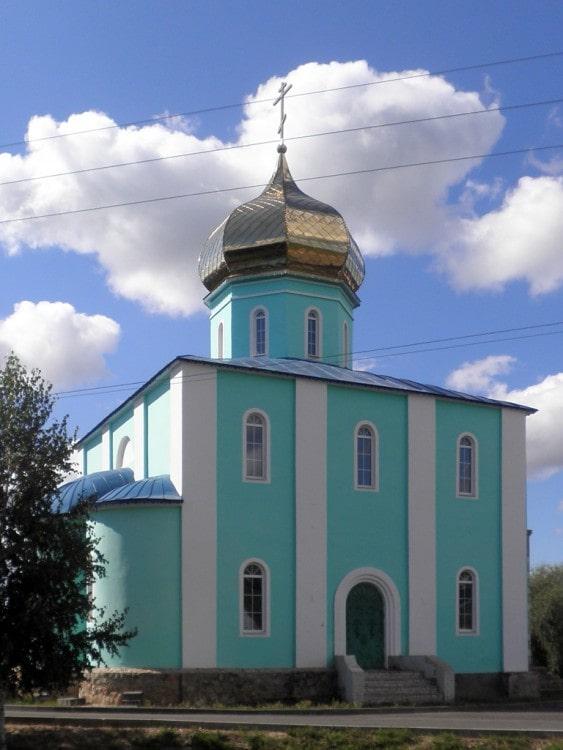 Церковь в Глушкове Курской области.