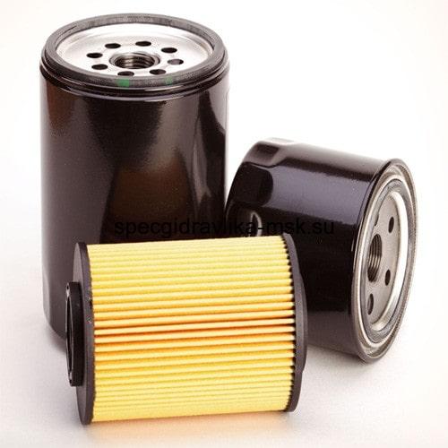 Нужно ли заливать масло в фильтр при замене.