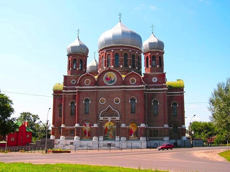 Храм в Мичуринске Тамбовской области.